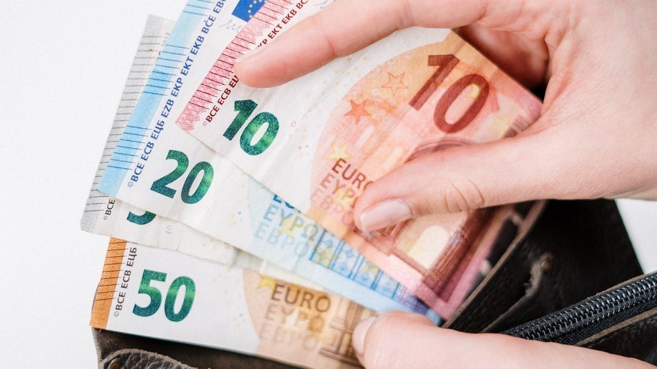 Nueva línea de ayudas a autónomos y empresas en España 4